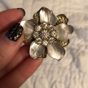 Flower Fashion Ring - one size fits all